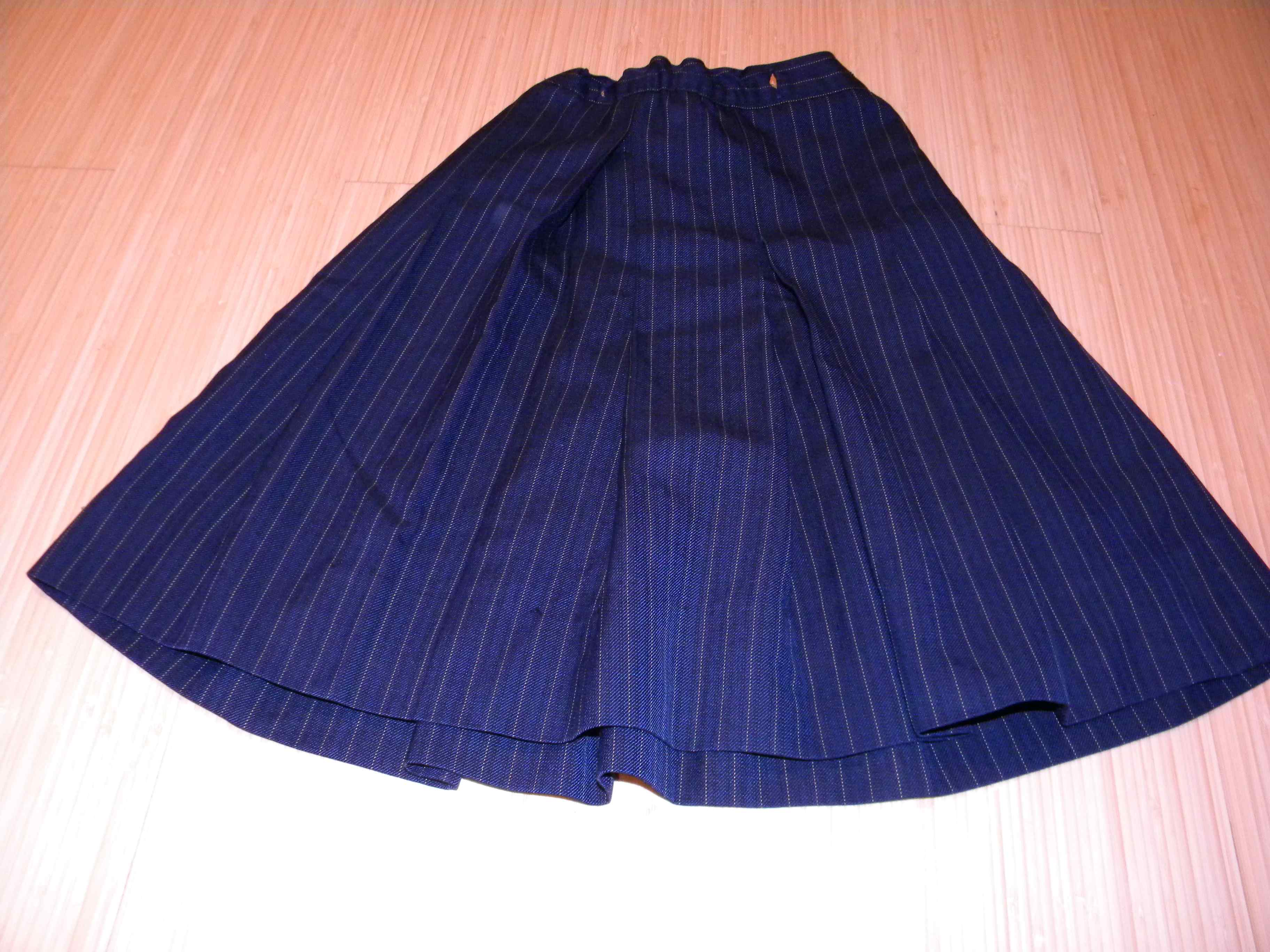 8 Apsley Place Kaleen Skirt